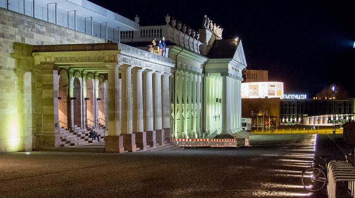 Kassel Friedrichsplatz: Portikus des Roten Palais, Fridericianum Staatstheater Kassel