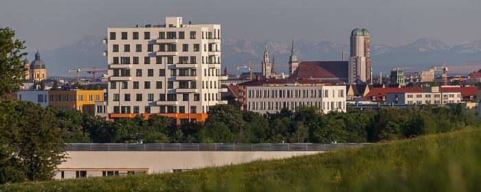 Blick vom Olympiaberg: Schwabing München 2012