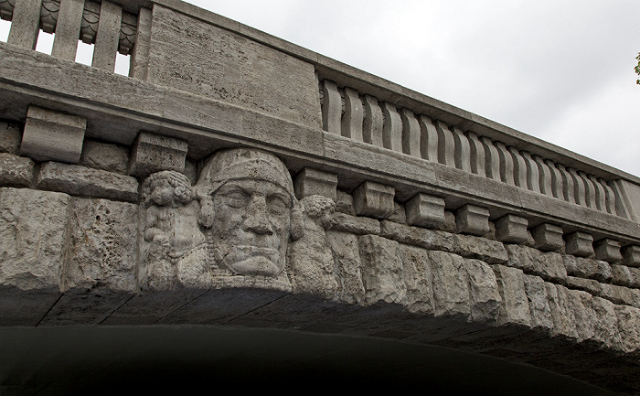 Berlin Charlottenburg: Marchbrücke über den Landwehrkanal