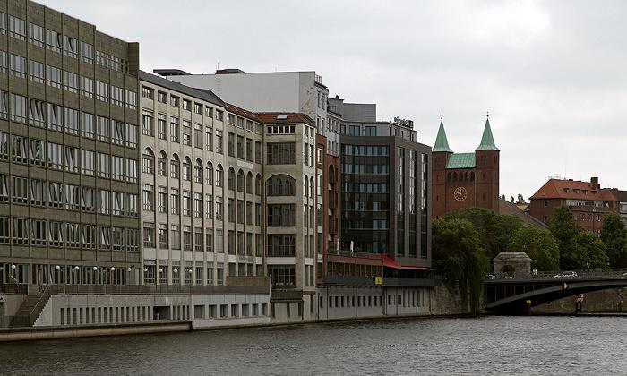 Berlin Moabit: Spree Erlöserkirche Moabit Gotzkowskybrücke