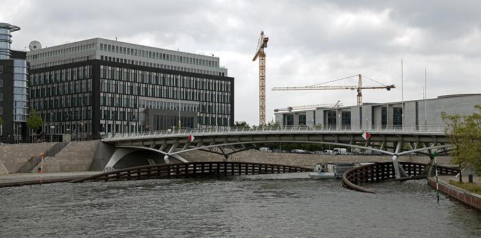 Berlin Mitte / Tiergarten (Regierungsviertel): Kronprinzenbrücke über die Spree Haus der Bundespressekonferenz Marie-Elisabeth-Lüders-Haus