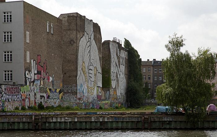 Berlin Kreuzberg: Spree, Spreeufer