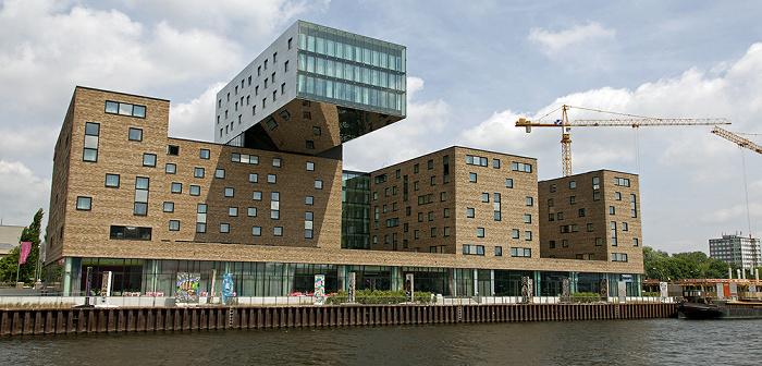 Berlin Friedrichshain: Spree, Oberbaum City