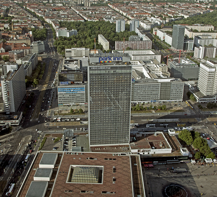 Blick vom Fernsehturm: Mitte - Hotel Park Inn by Radisson Berlin Alexanderplatz Berlin 2012
