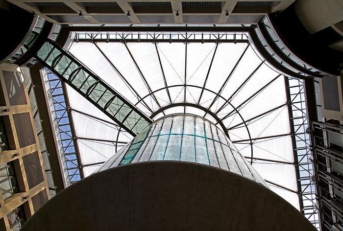 Berlin CityQuartier DomAquarée: AquaDom im Radisson Blu Hotel