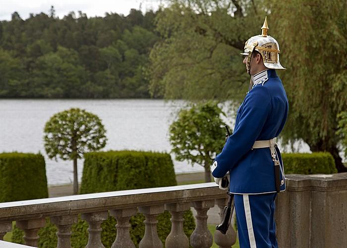 Stockholm Schloss Drottningholm (Drottningholms slott): Königliche Wache