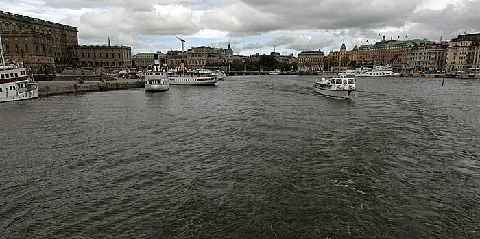 Fähre Stockholm - Vaxholm: Strömmen Blasieholmen Gamla stan Norrmalm Stockholmer Schloss