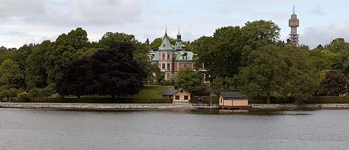 Fähre Stockholm - Vaxholm: Djurgarden - Täcka Udden Käknästurm