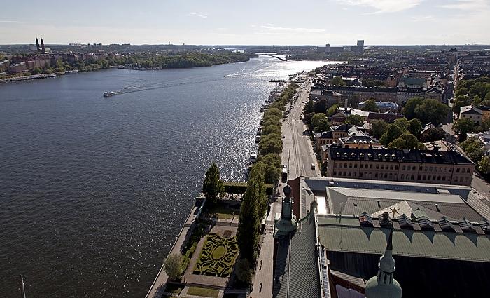 Blick vom Stadshuset (Stadthaus) (v.l.): Södermalm, Riddarfjärden, Kungsholmen Stockholm 2012