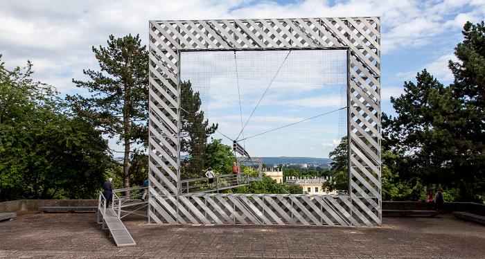 Kassel Friedrichsplatz: Rahmenbau (oder Landschaft im Dia) (von Haus-Rucker-Co) - documenta 6 Karlsaue Orangerie