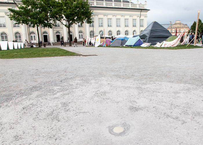 Kassel Friedrichsplatz: Der Vertikale Erdkilometer (von Walter De Maria) - documenta 6 Fridericianum