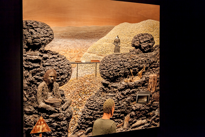 Kassel Fridericianum: The Lost Frontier (von Llyn Foulkes)  - dOCUMENTA (13)