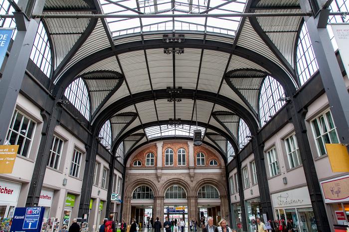 Kassel Hauptbahnhof: Bahnhofshalle