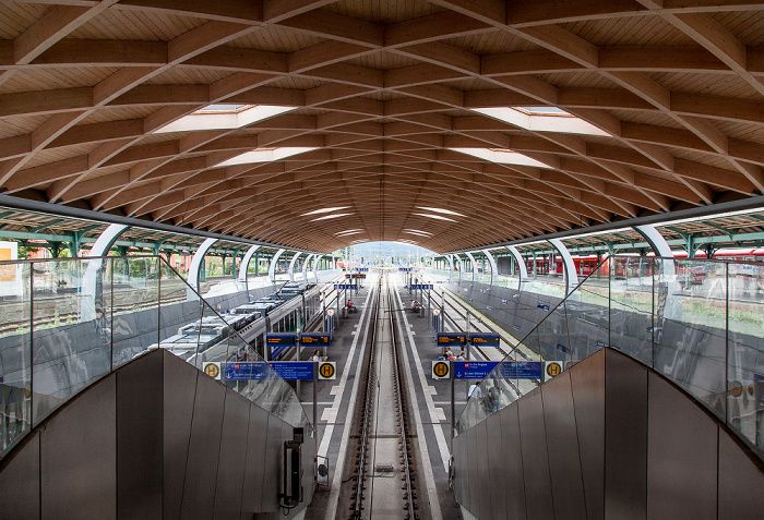 Kassel Hauptbahnhof: RegioTram-Haltestelle Hauptbahnhof