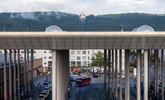 Blick aus dem InterCityHotel: Bahnhof Kassel-Wilhelmshöhe Bergpark Wilhelmshöhe Herkules