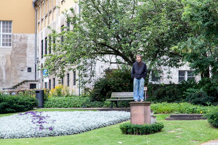 Kassel Brüder-Grimm-Platz: Ich-Denkmal