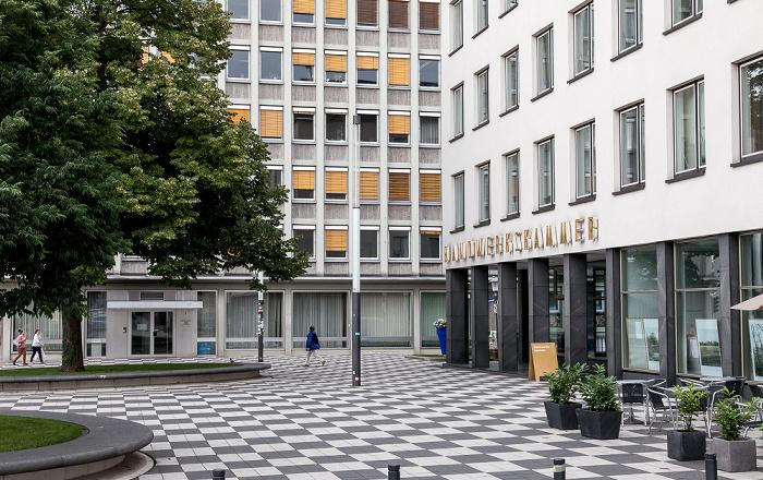 Kassel Scheidemannplatz EAM-Hochhaus Handwerkskammer