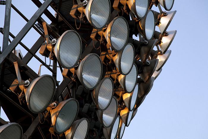 Olympiastadion: Flutlichtmast München