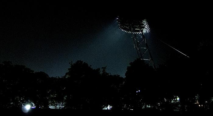 Olympiastadion: Flutlichtmast München 2012