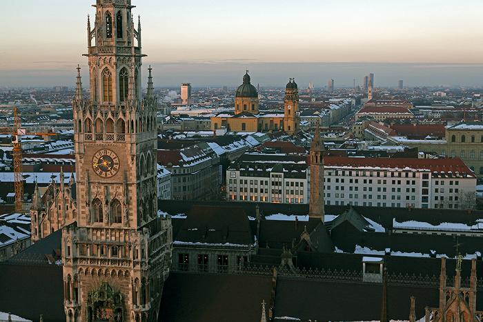 Blick von St. Peter (Alter Peter): Neues Rathaus München