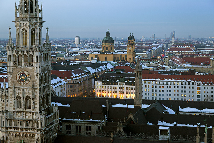 Blick von St. Peter (Alter Peter): Altstadt - Neues Rathaus München