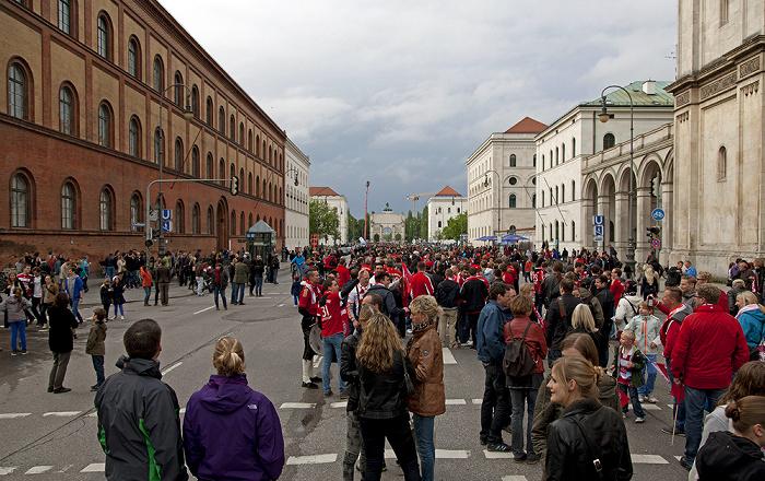 München Maxvorstadt: Ludwigstraße Siegestor