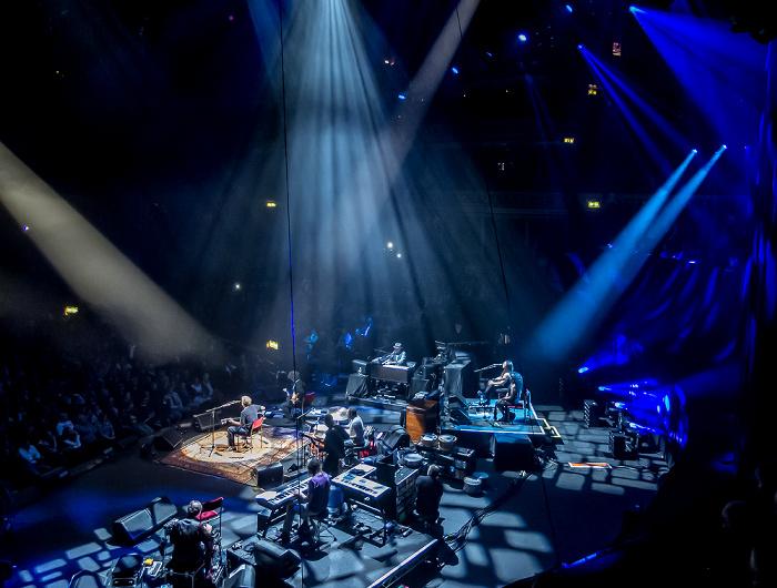 London Royal Albert Hall: Eric Clapton und Band
