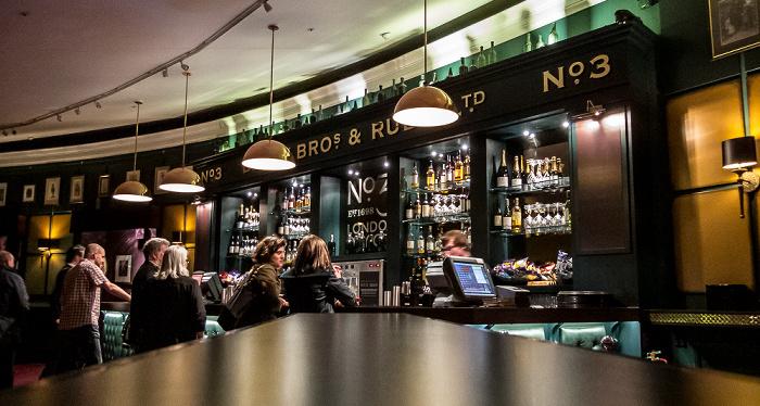 London Royal Albert Hall: Bar