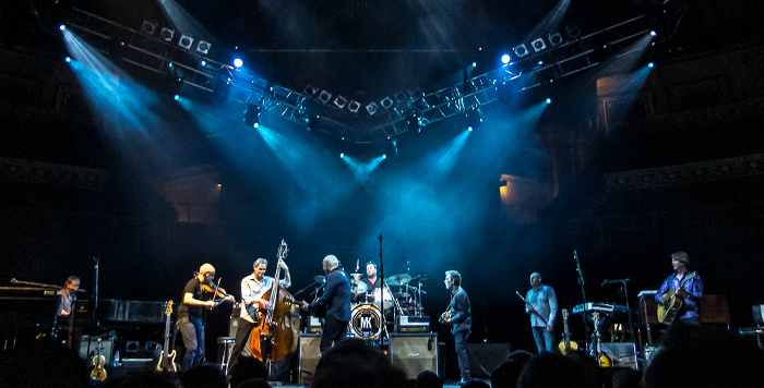 Royal Albert Hall: Mark Knopfler London Jim Cox, John McCusker, Glenn Worf, Mark Knopfler, Ian Thomas, Richard Bennett, Mike McGoldrick, Guy Fletcher