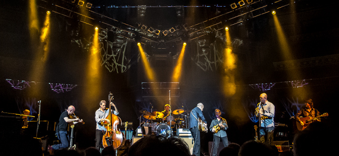 Royal Albert Hall: Mark Knopfler London Jim Cox, John McCusker, Glenn Worf, Ian Thomas, Mark Knopfler, Richard Bennett, Mike McGoldrick, Guy Fletcher