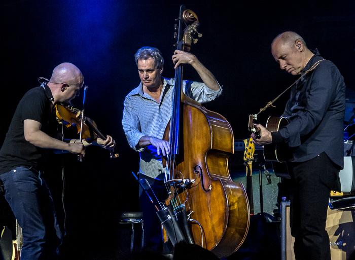 Royal Albert Hall: Mark Knopfler London John McCusker, Glenn Worf und Mark Knopfler