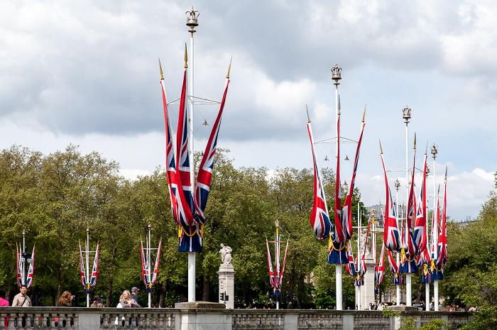 City of Westminster: The Mall - Britische Flaggen London