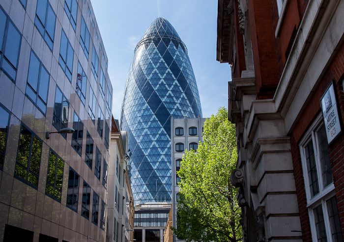 City of London: Mitre Street, 30 St Mary Axe (The Gherkin, Swiss Re Building) London
