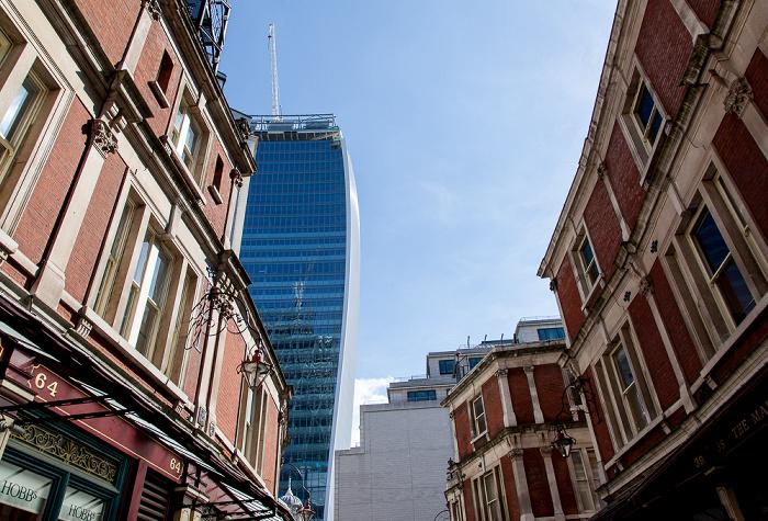City of London: Lime Street Passage 20 Fenchurch Street