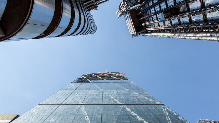 City of London: Lloyd's of London Building (oben), Leadenhall Building (122 Leadenhall Street) (unten) London