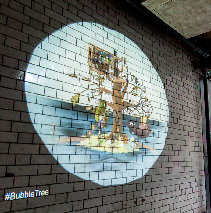 City of London: Change Alley - Bubble Tree-Kunstinstallation