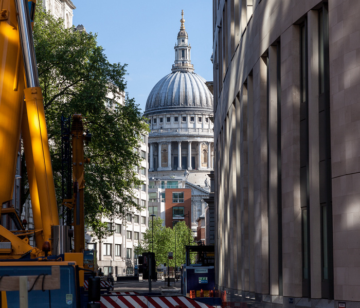 City of London: Little Britain, St Paul's Cathedral