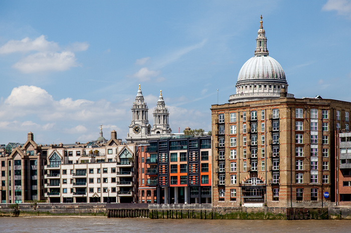 London Blick von Bankside: Themse, St Paul's Cathedral