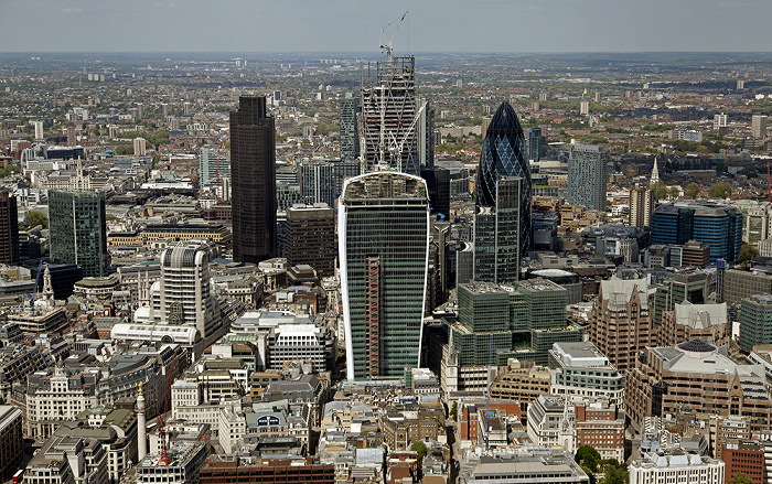 Blick von The Shard: City of London 20 Fenchurch Street 30 St Mary Axe Leadenhall Building Monument The Pinnacle Tower 42