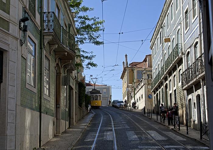 Eléctrico 25: Rua São Domingos à Lapa Lissabon