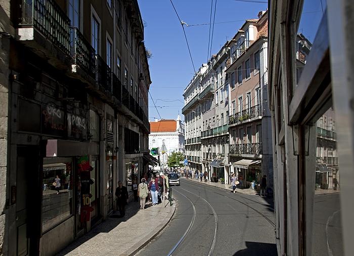 Eléctrico 28: Rua do Loreto Lissabon