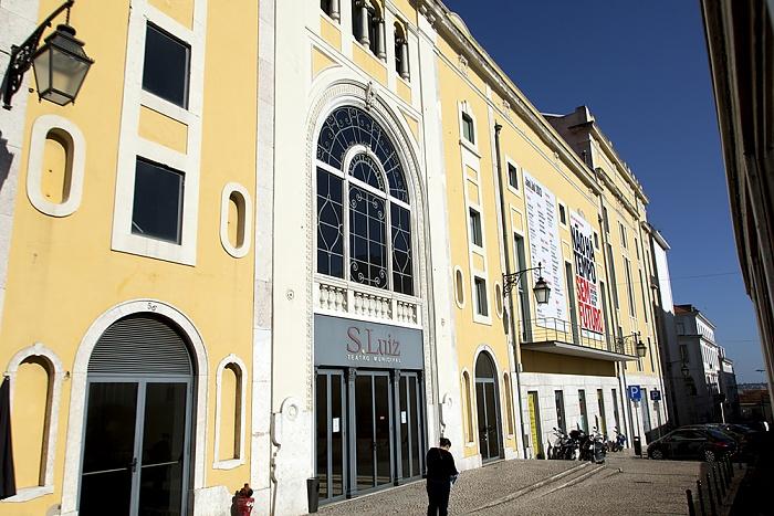 Eléctrico 28: Rua António Maria Cardoso - Teatro São Luiz Lissabon