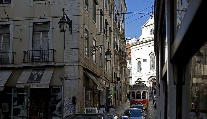 Lissabon Eléctrico 28: Rua da Conceição / Rua dos Fanqueiros Igreja da Madalena Rua da Conceicâo