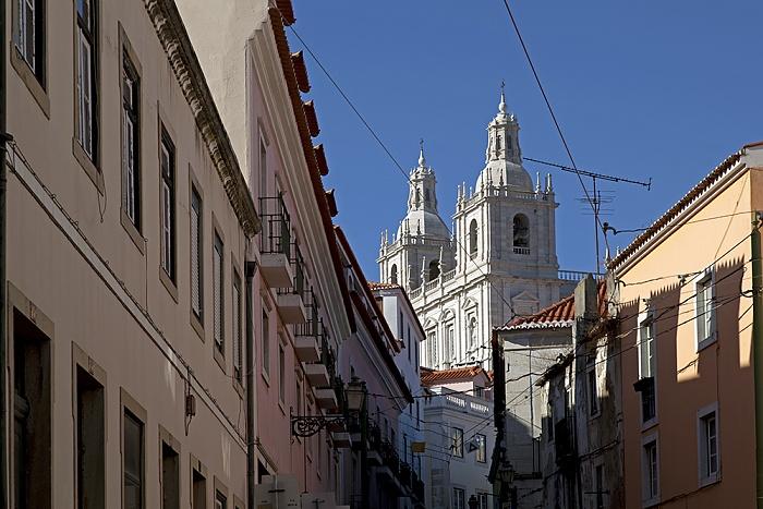 Eléctrico 28: Escolas Gerais - Igreja de Sao Vicente de Fora Lissabon