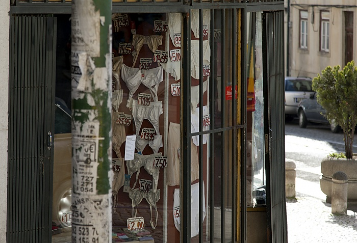 Eléctrico 28: Rua Angelina Vidal Lissabon