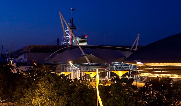 Lissabon Blick aus dem Centro Vasco da Gama: Parque das Nações - Feira Internacional de Lisboa Pavilhão Atlantico