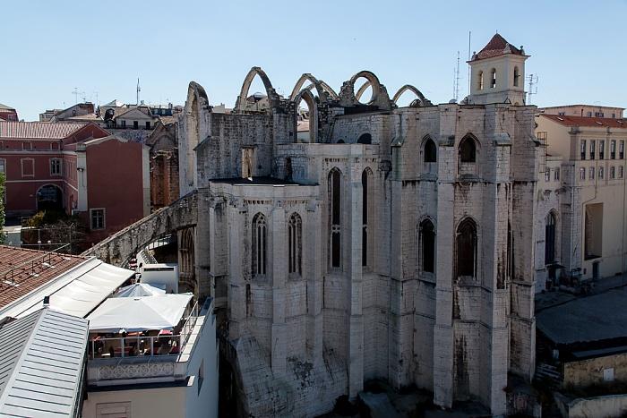 Blick vom Elevador de Santa Justa: Bairro Alto - Igreja do Carmo Lissabon