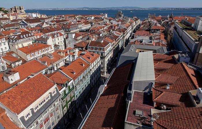 Blick vom Elevador de Santa Justa: Baixa - Rua Áurea Lissabon 2013