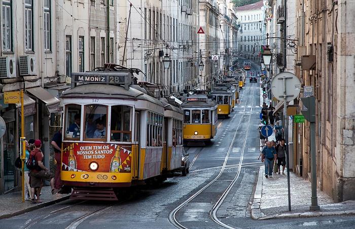 Baixa: Rua da Conceição - Eléctrico-Stau Lissabon