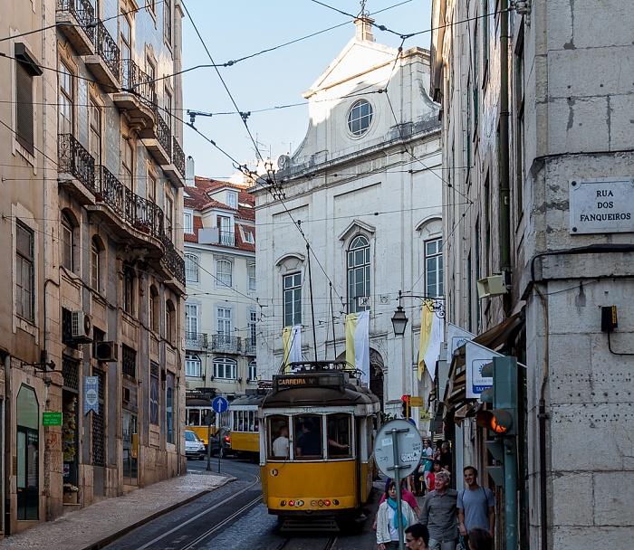 Lissabon Baixa: Rua da Conceição - Eléctrico-Stau Igreja da Madalena Rua da Conceicâo